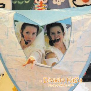 Divadlo KaSia - O snehuliačkach Mily a Lily